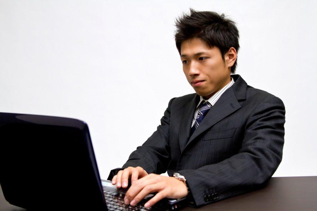 新卒採用時に利用する企業が多いSPIとは