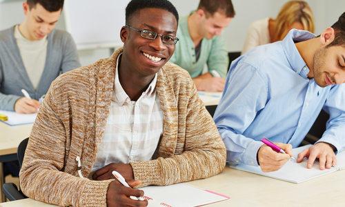 職業によって適性も変わる!職業選びのポイントや適性検査のメリットを紹介